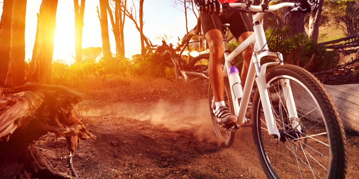 Why Do My Knees Hurt? The Answer Every Mountain Biker Wants to Know!