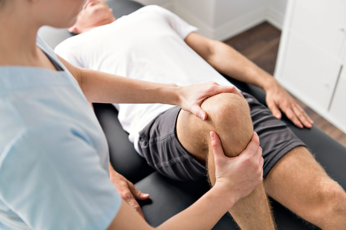Total Knee Replacement Recovery Guide (with Exercises)!