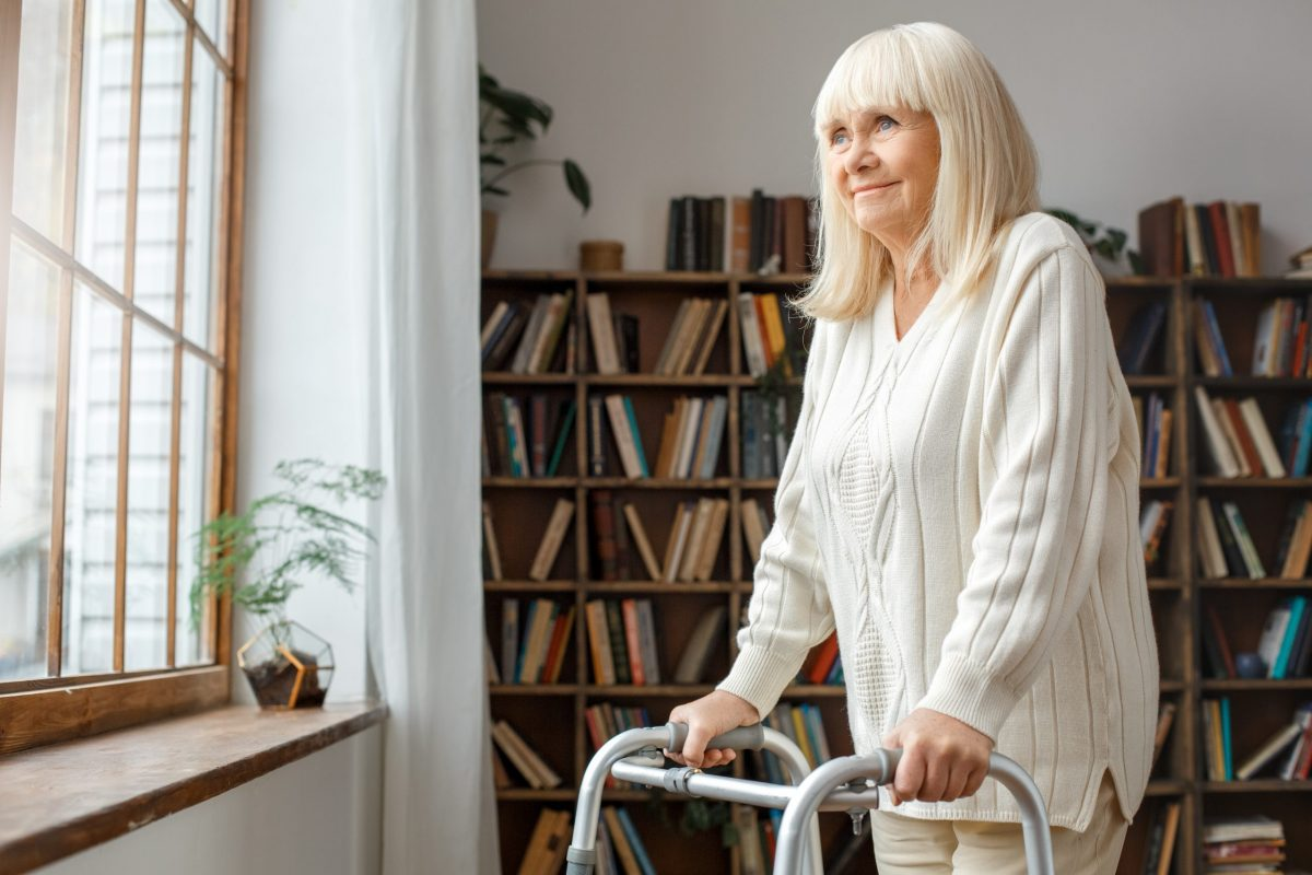 Hip Replacement Surgery: Procedure Types, Risks, and Recovery